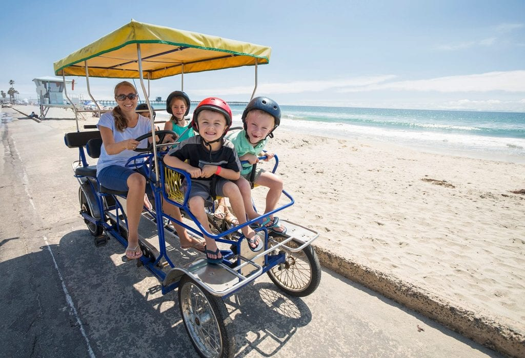 Family-friendly activity of renting bikes in San Diego