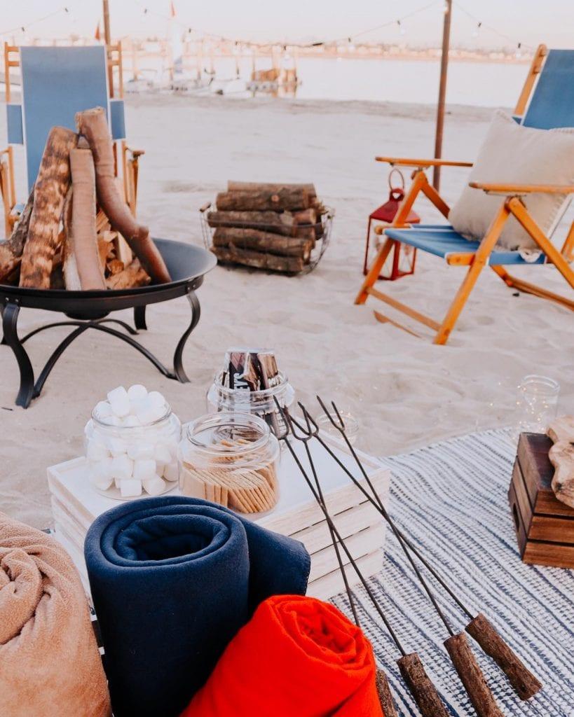 Date Idea San Diego: Bonfire at the beach